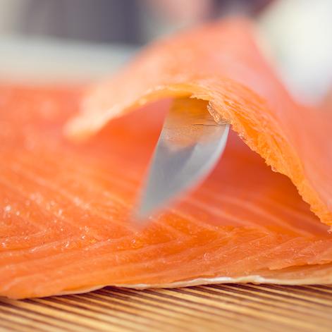 Comment pr parer un tartare de saumon recette sur le blog - Comment cuisiner un pave de saumon ...